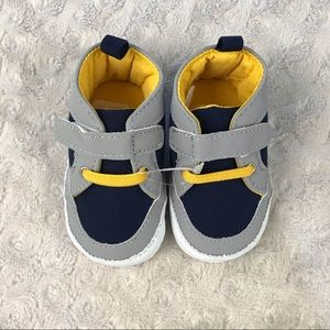 Baby Boy Sneaker Shoes Size 0-3 Months Gray Blue